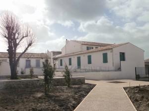 ARS-EN-RE-Mairie-Office-Tourisme-Salle-mariages-11