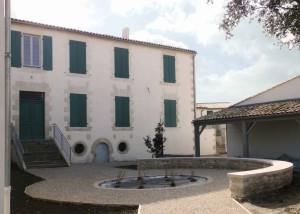 ARS-EN-RE-Mairie-Office-Tourisme-Salle-mariages-8